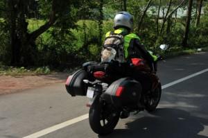riding tail